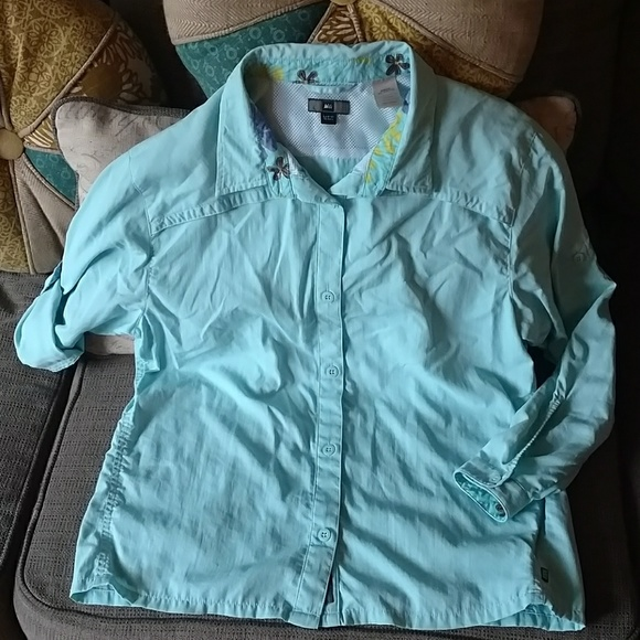 REI Other - REI Girls sz XL 16/18 UPF 50+ outdoor shirt